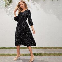 Kleid mit Falten vorn und Herz Muster