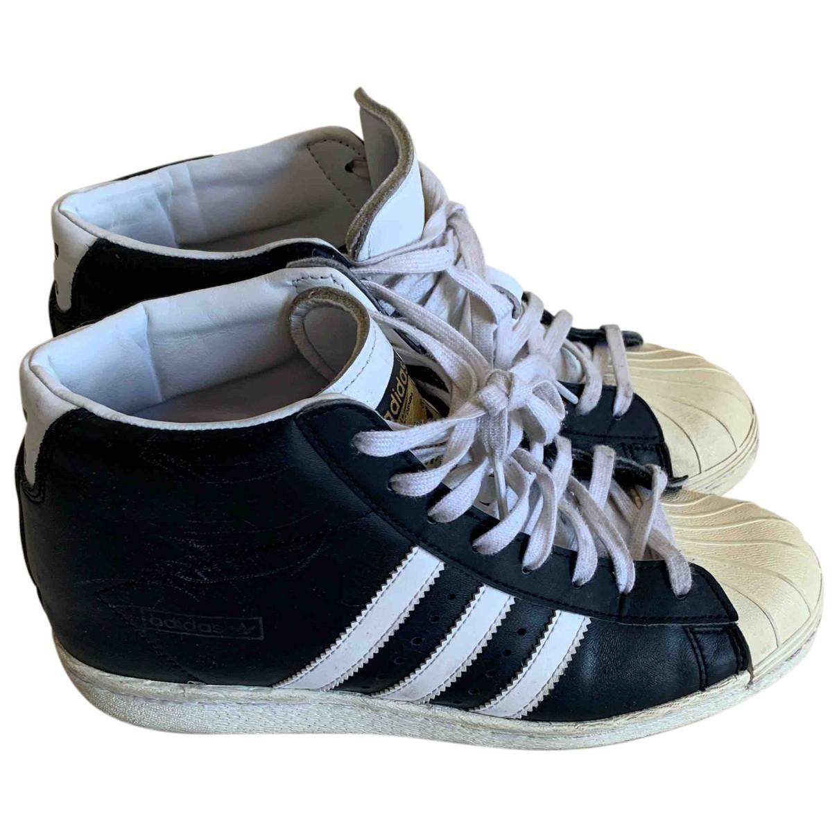 Adidas \N Espadrilles in  Schwarz Leder