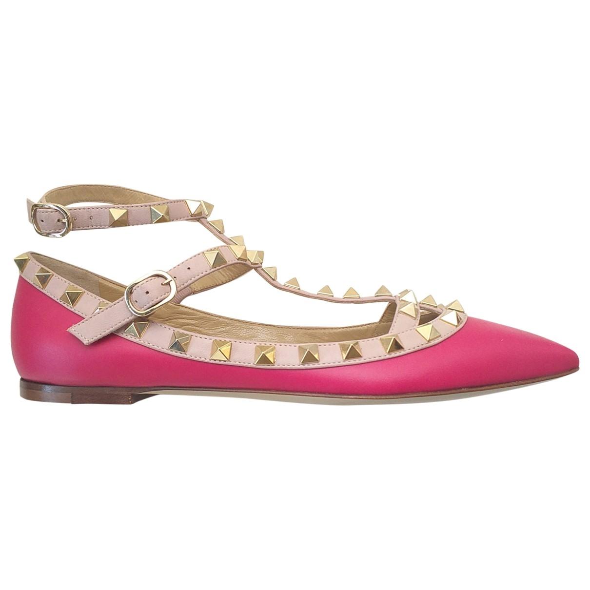 Valentino Garavani - Ballerines Rockstud pour femme en cuir - rose