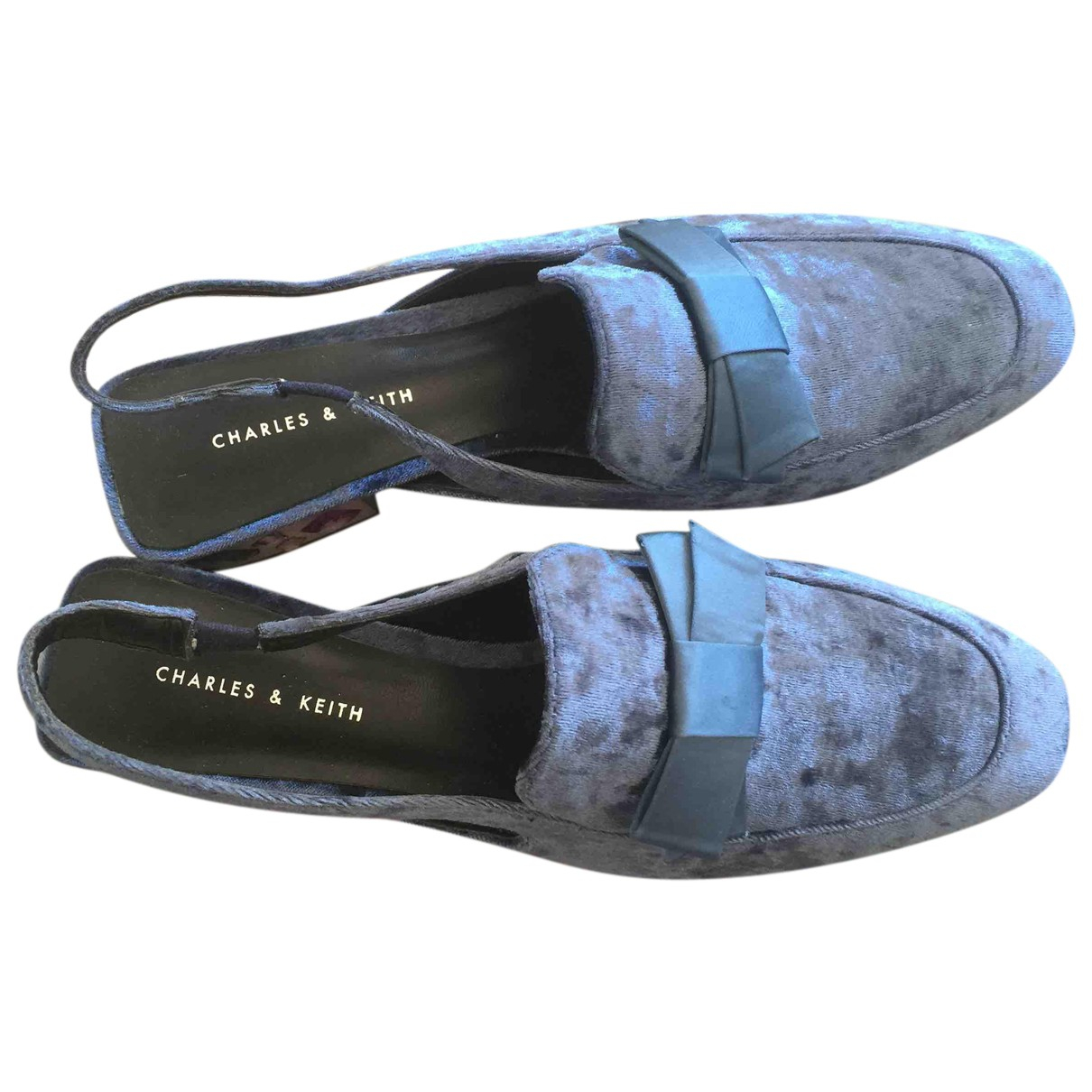 Charles & Keith N Blue Velvet Heels for Women 37 EU
