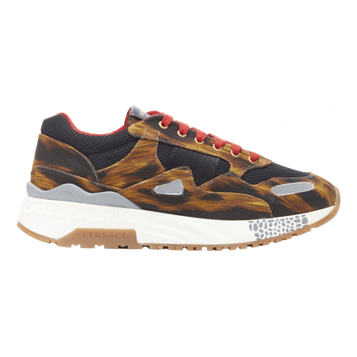 Versace \N Brown Cloth Trainers for Men 41 EU