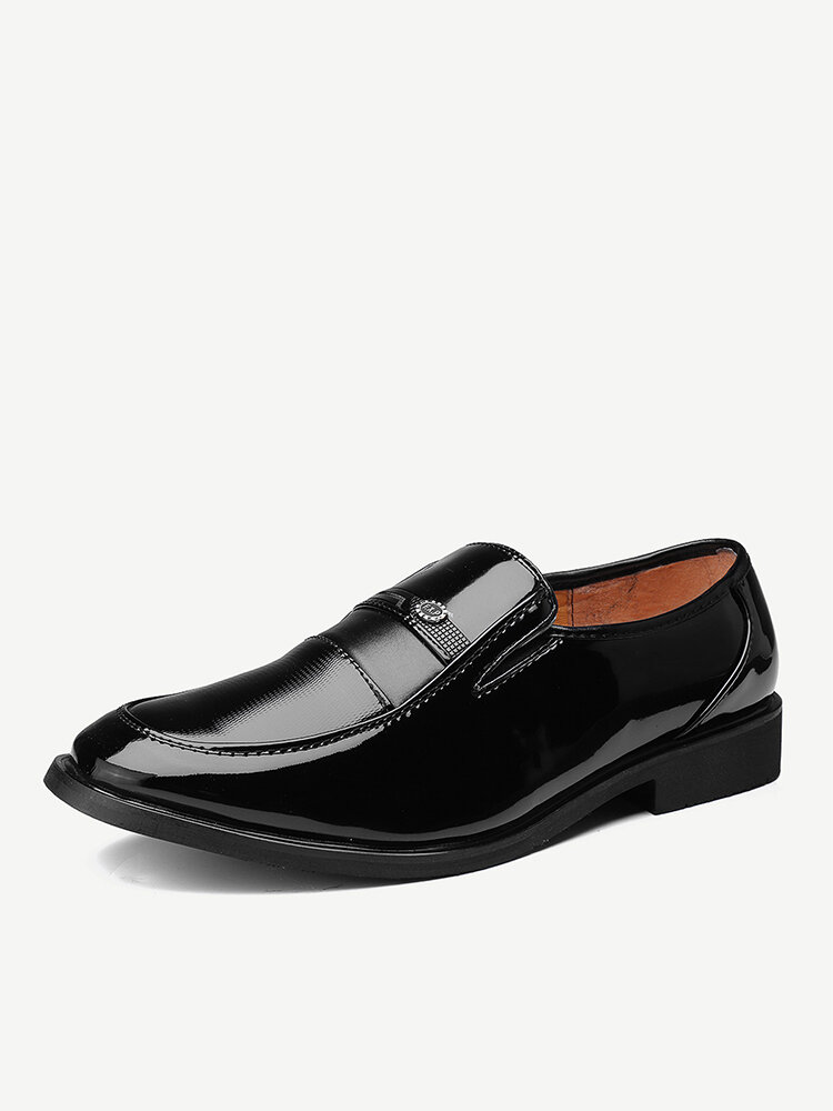 Men Black Breathable Slip On Business Casual Shoes