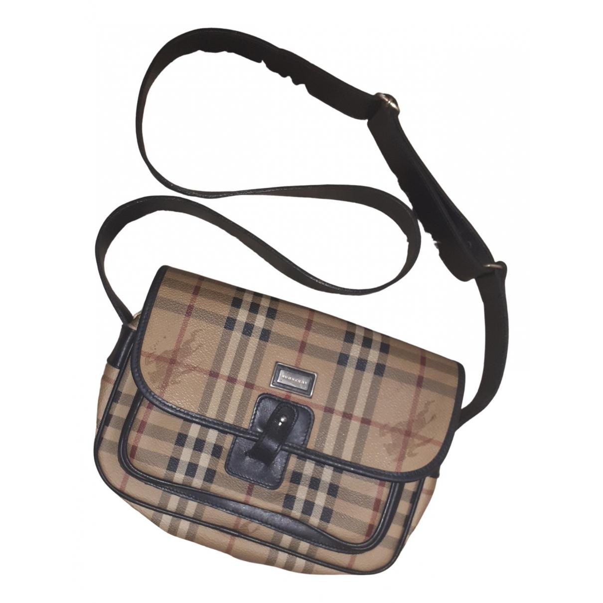 Burberry \N Handtasche in  Braun Leinen