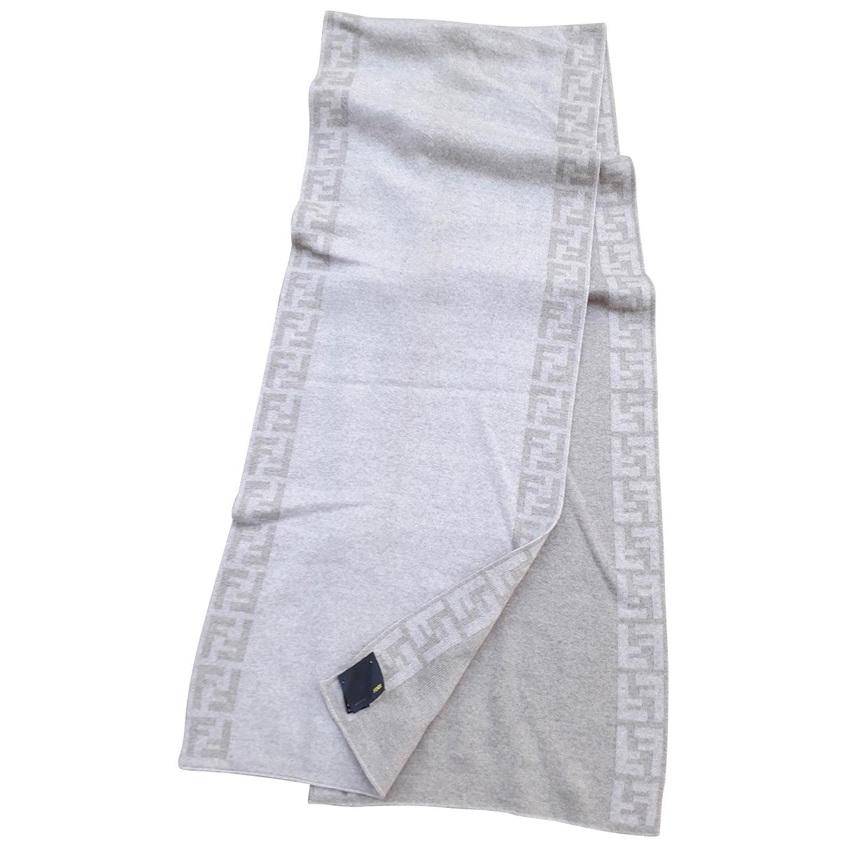 Fendi \N Beige Wool scarf for Women \N