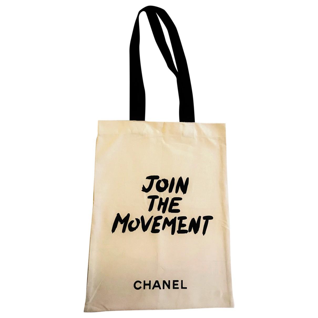 Chanel N Beige Cloth handbag for Women N