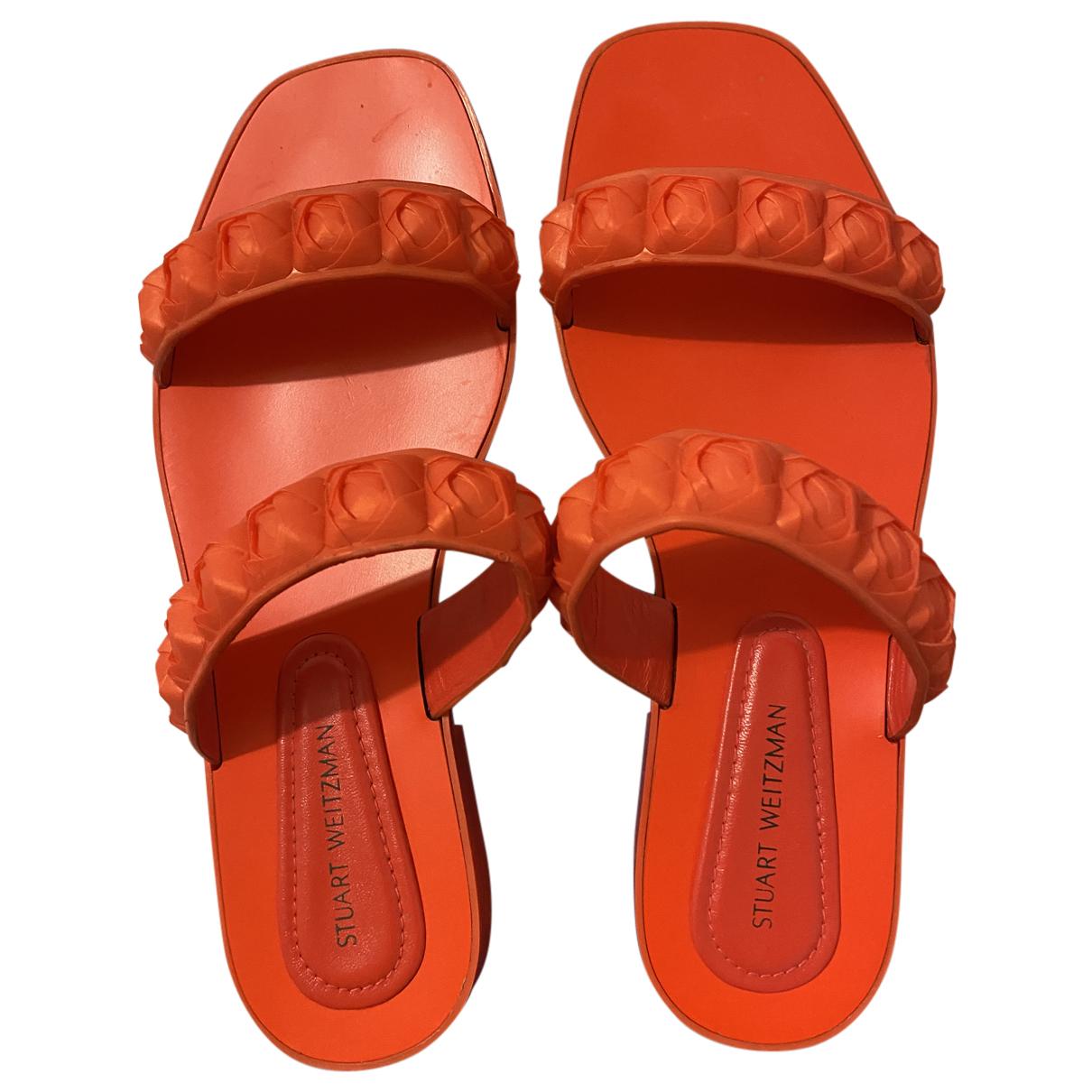 Stuart Weitzman \N Sandalen in  Orange Kunststoff