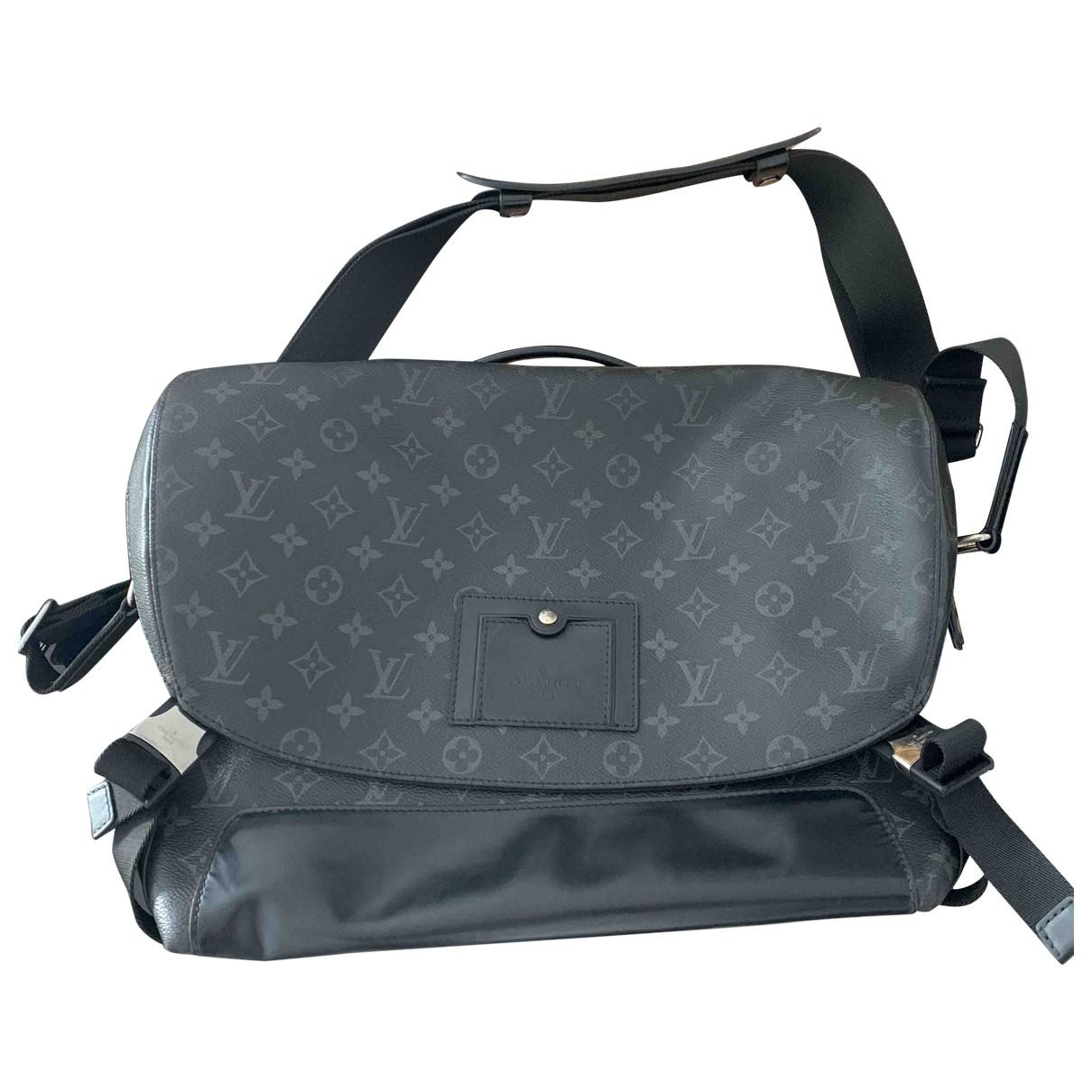 Louis Vuitton Messenger Monogram PM Titanium  Black Cloth bag for Men \N