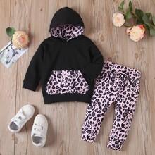Baby Girl Leopard Print Kangaroo Pocket Hoodie & Sweatpants