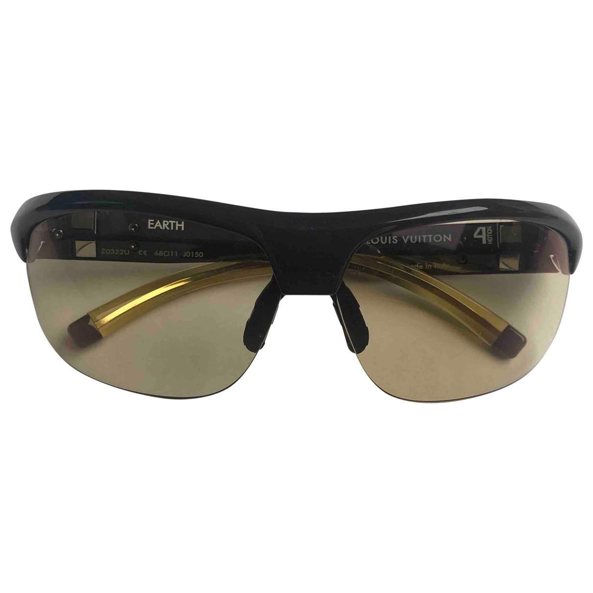 Louis Vuitton 4 motion Yellow Sunglasses for Men \N