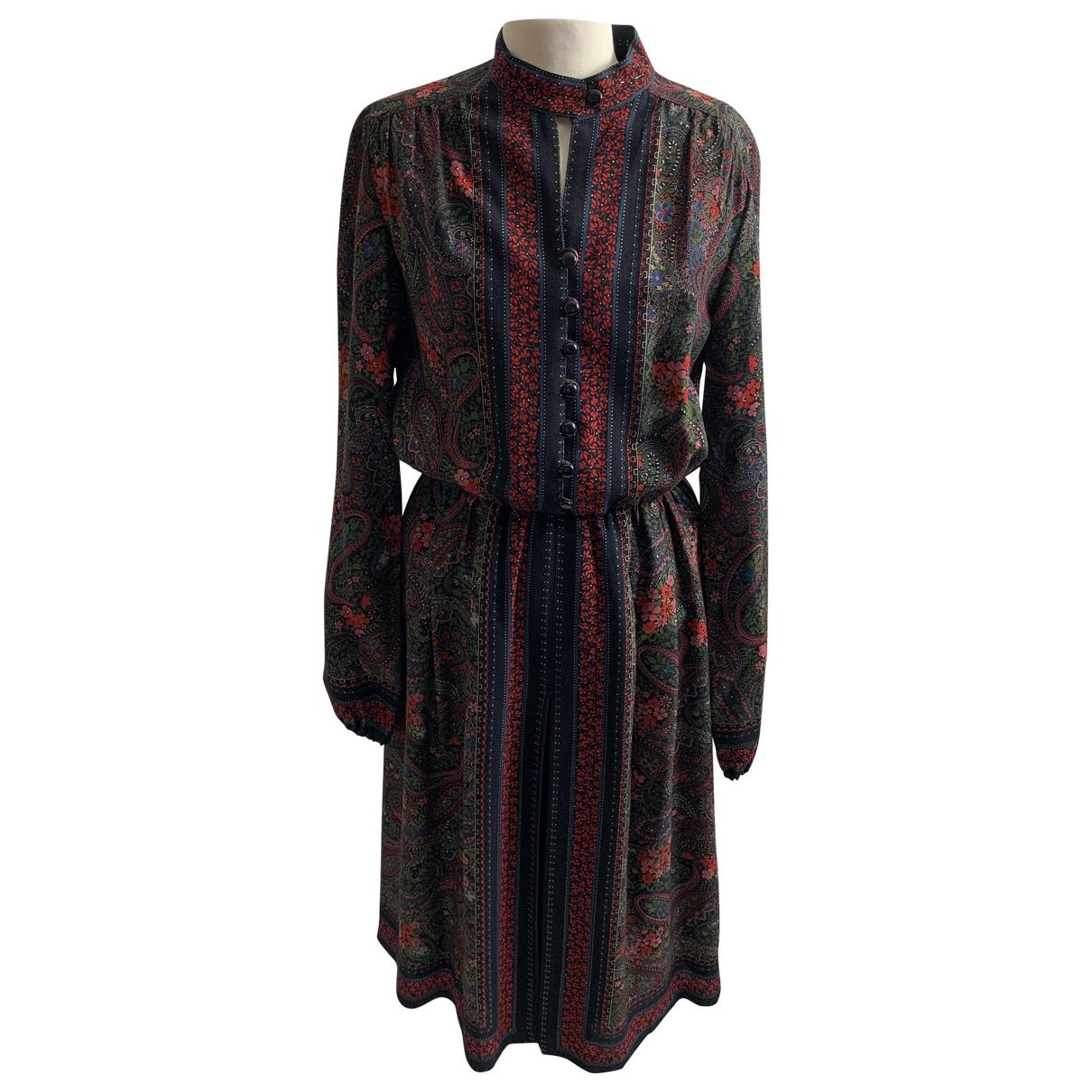 - Robe   pour femme en laine