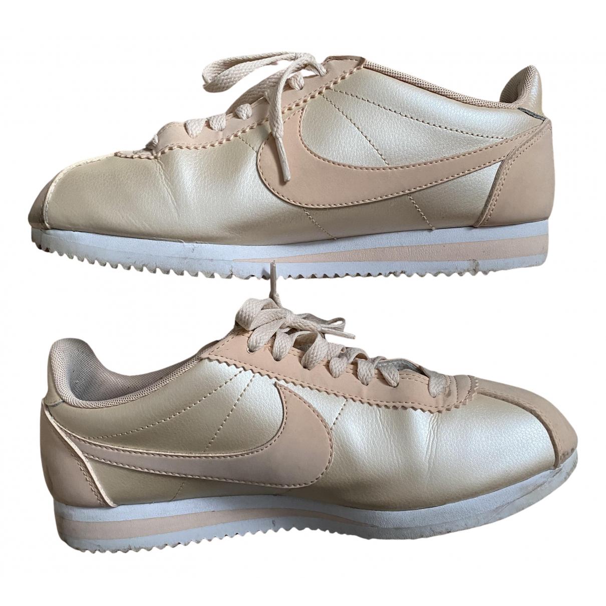 Nike Cortez Sneakers in  Beige Leder