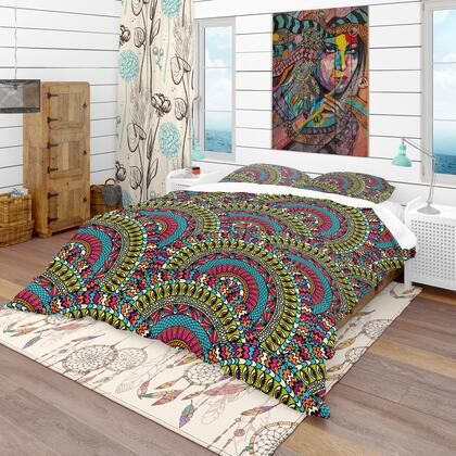 BED18674-Q Designart 'Colorful Ethnicity Round Ornament' Bohemian & Eclectic Duvet Cover