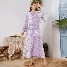 Zweifarbiges Tunika Kleid mit Bluemchen Muster
