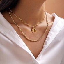 Halskette mit Metall Karte Dekor
