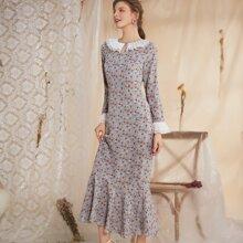Kleid mit Gaensebluemchen Muster, Schluesselloch am Kragen und Kontrast Spitzen