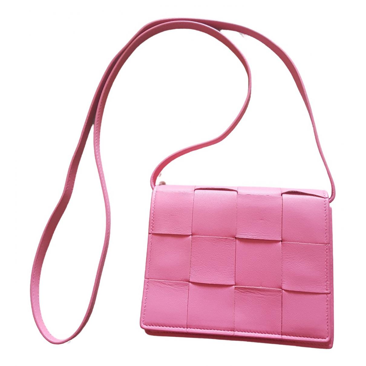 Bottega Veneta - Sac a main Cassette pour femme en cuir - rose