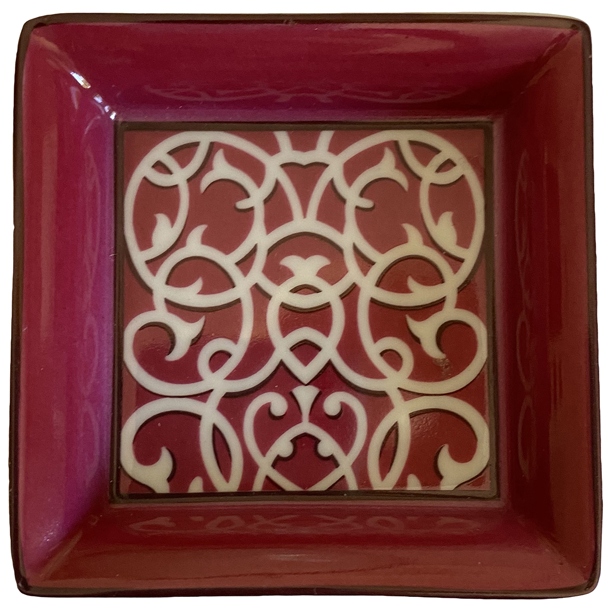 Hermès \N Burgundy Porcelain Home decor for Life & Living \N