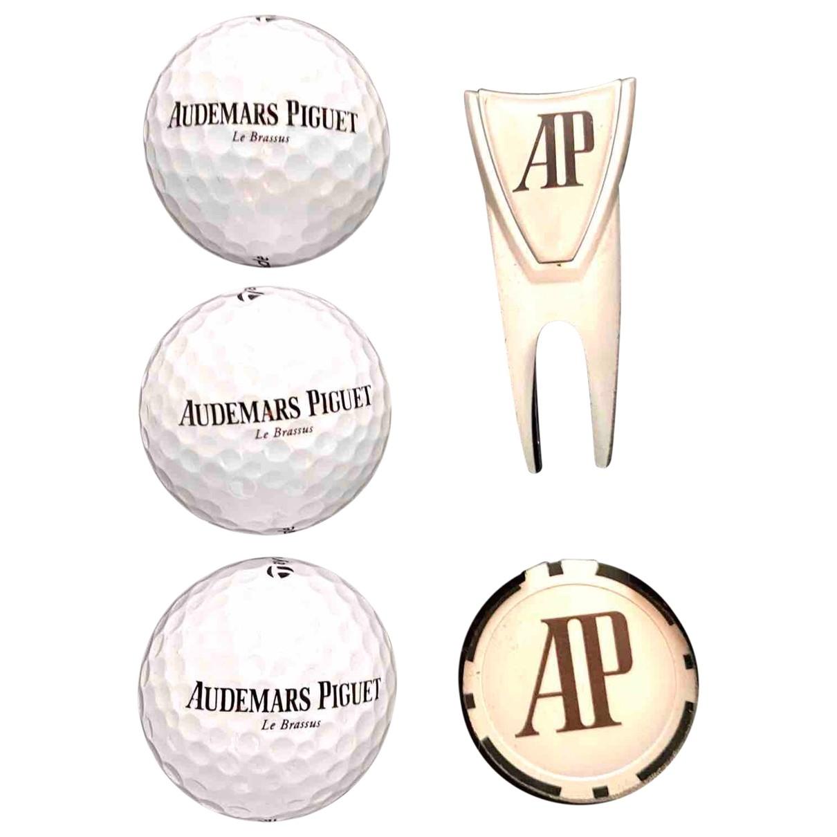 Audemars Piguet \N White Golf for Life & Living \N
