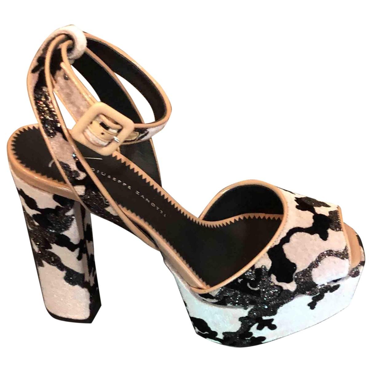 Giuseppe Zanotti \N Pink Velvet Sandals for Women 37 EU