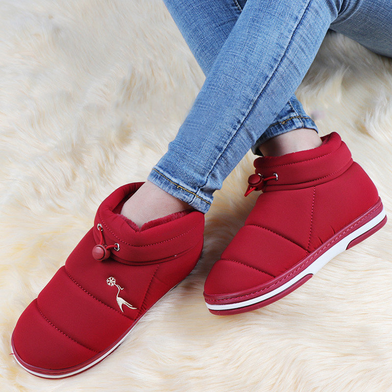Large Size Waterproof Warm Wearable Soft Flat Ankle Boots