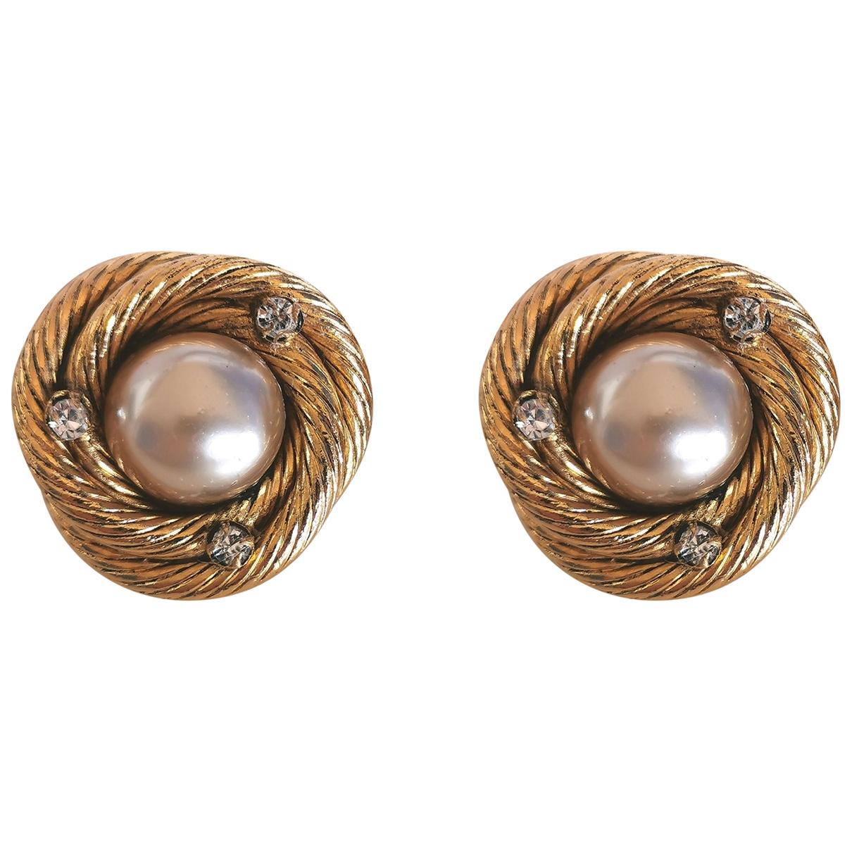 Chanel - Boucles doreilles Baroque pour femme en metal - dore