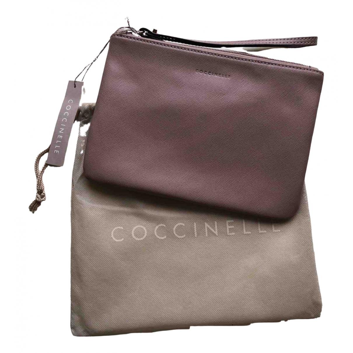 Coccinelle \N Clutch in  Rosa Leder