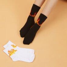 2 pares calcetines con patron de fuego