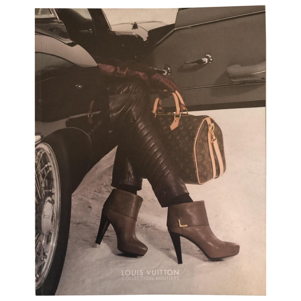 Louis Vuitton \N Mode in  Bunt Baumwolle