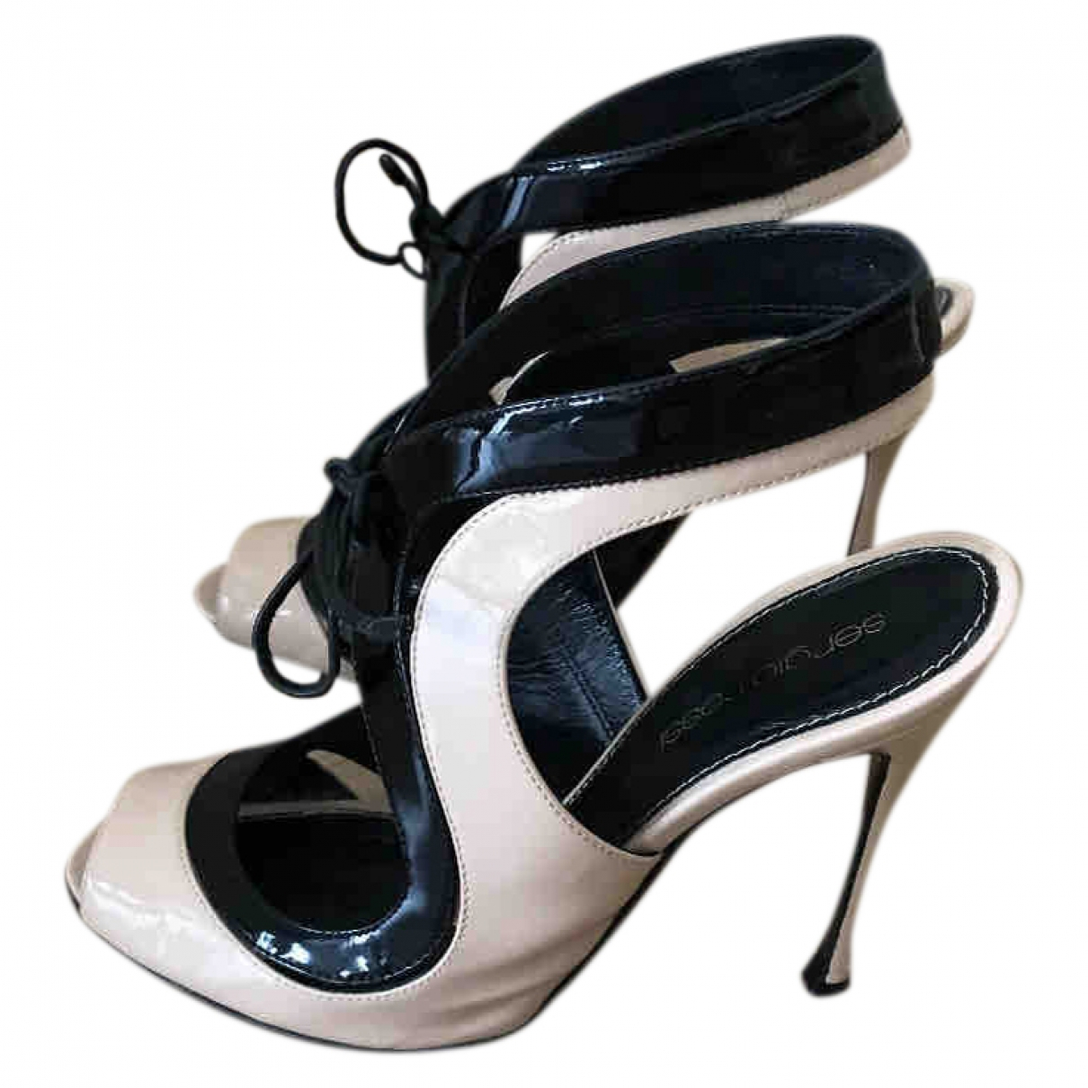 Sergio Rossi \N Beige Patent leather Sandals for Women 36 EU