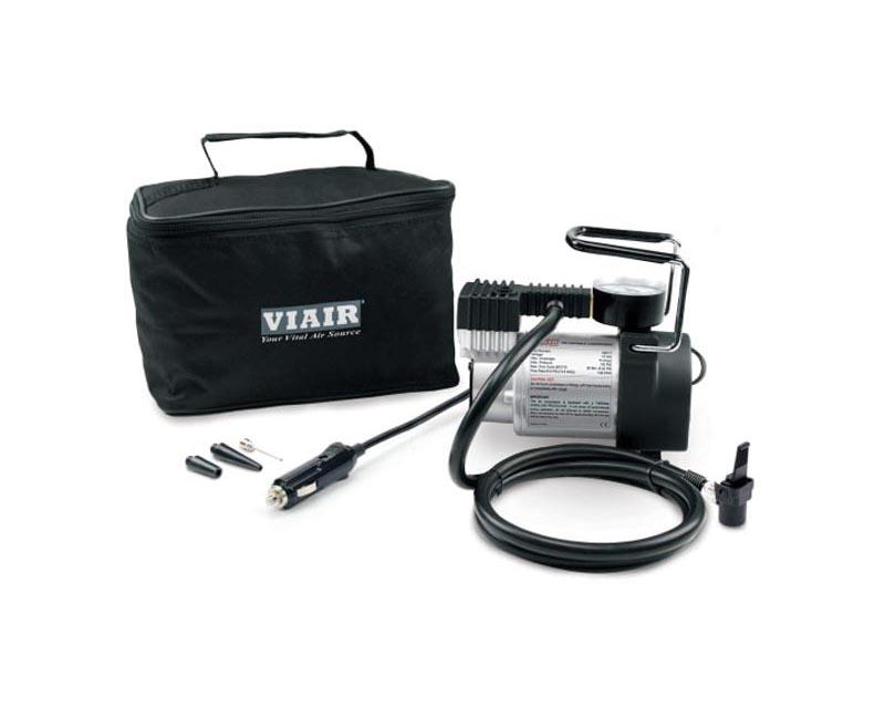 VIAIR 74P Portable Compressor Kit (70P Compressor w/ Press-on Tire Chuck)