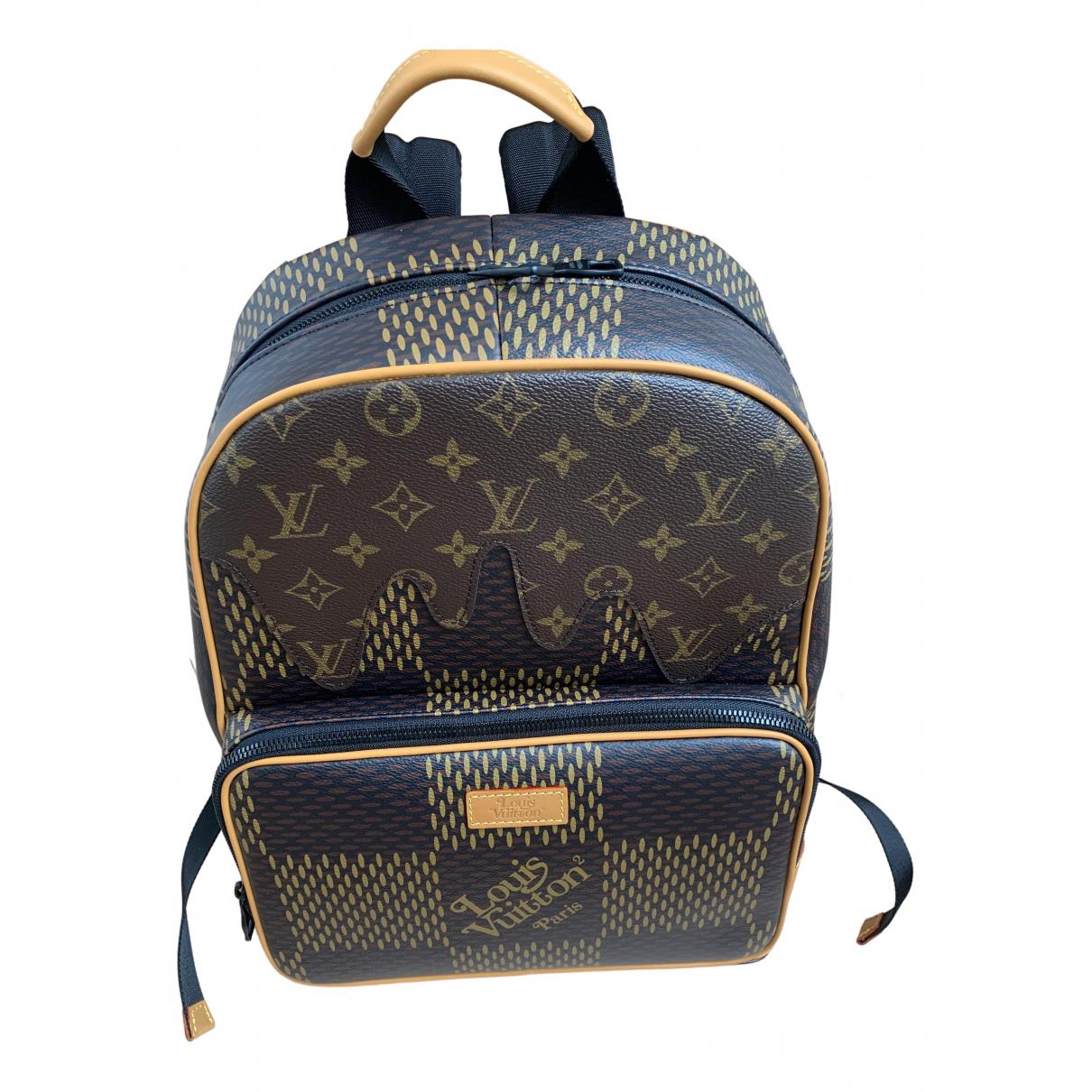 Bolso Louis Vuitton X Nigo