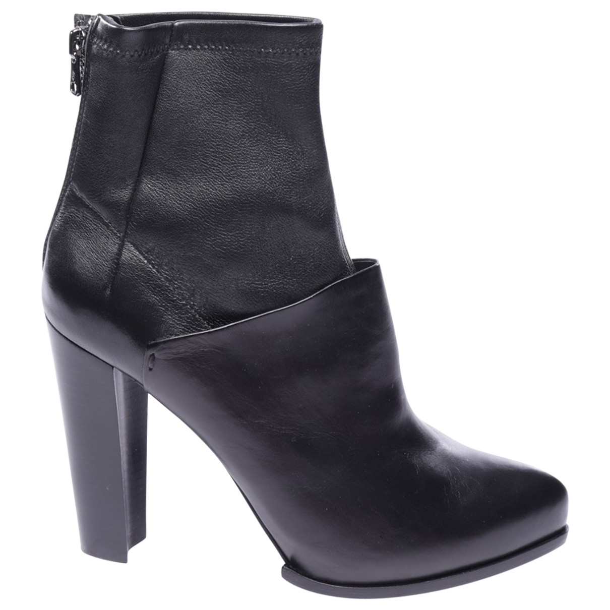 Alexander Mcqueen \N Black Leather Ankle boots for Women 39 EU