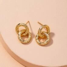 Ohrringe mit metallischer Bindung