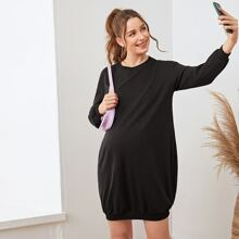 Umstandsmode einfarbiges Kleid mit sehr tief angesetzter Schulterpartie
