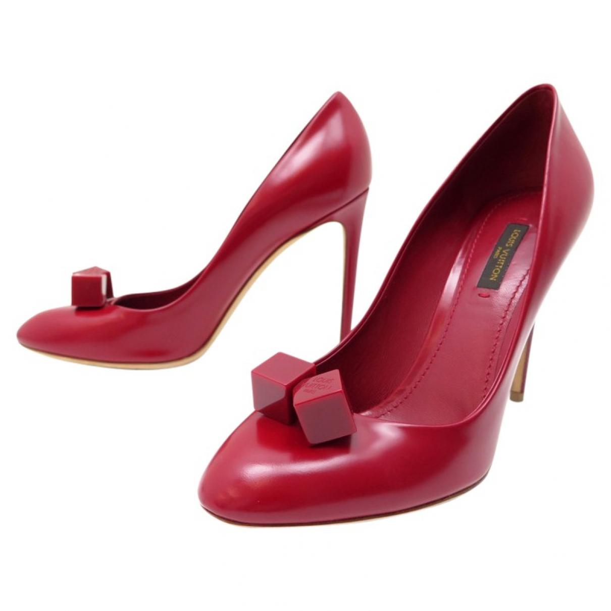 Louis Vuitton - Escarpins   pour femme en cuir - rouge