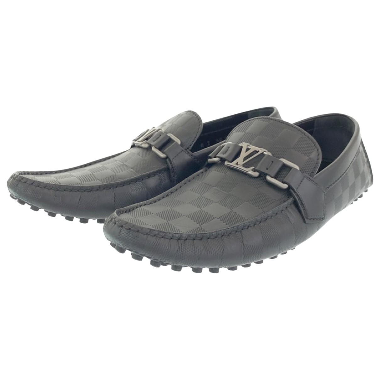 Louis Vuitton N Black Leather Flats for Men 7 US