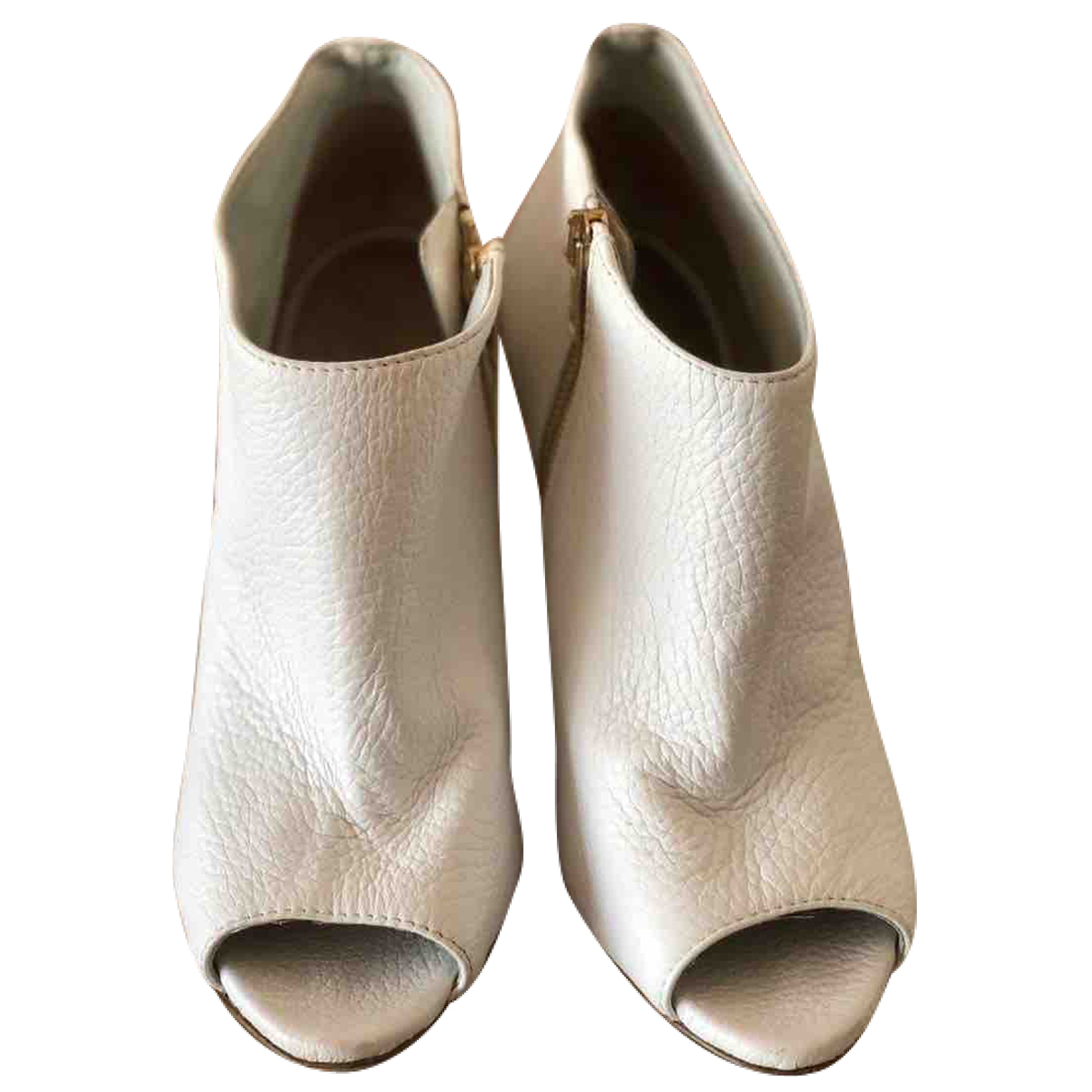 Burberry N White Leather Ankle boots for Women 37 EU