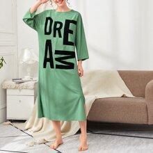 Drop Shoulder Letter Graphic Split Side Nightdress
