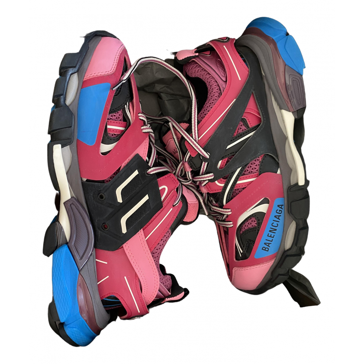 Balenciaga - Baskets Track pour femme en cuir verni - rose