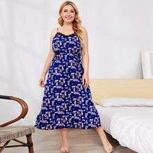 Slip Kleid mit Muster und Spitzenbesatz
