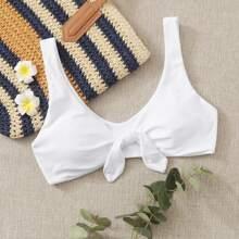 Bikini Top mit Knoten vorn