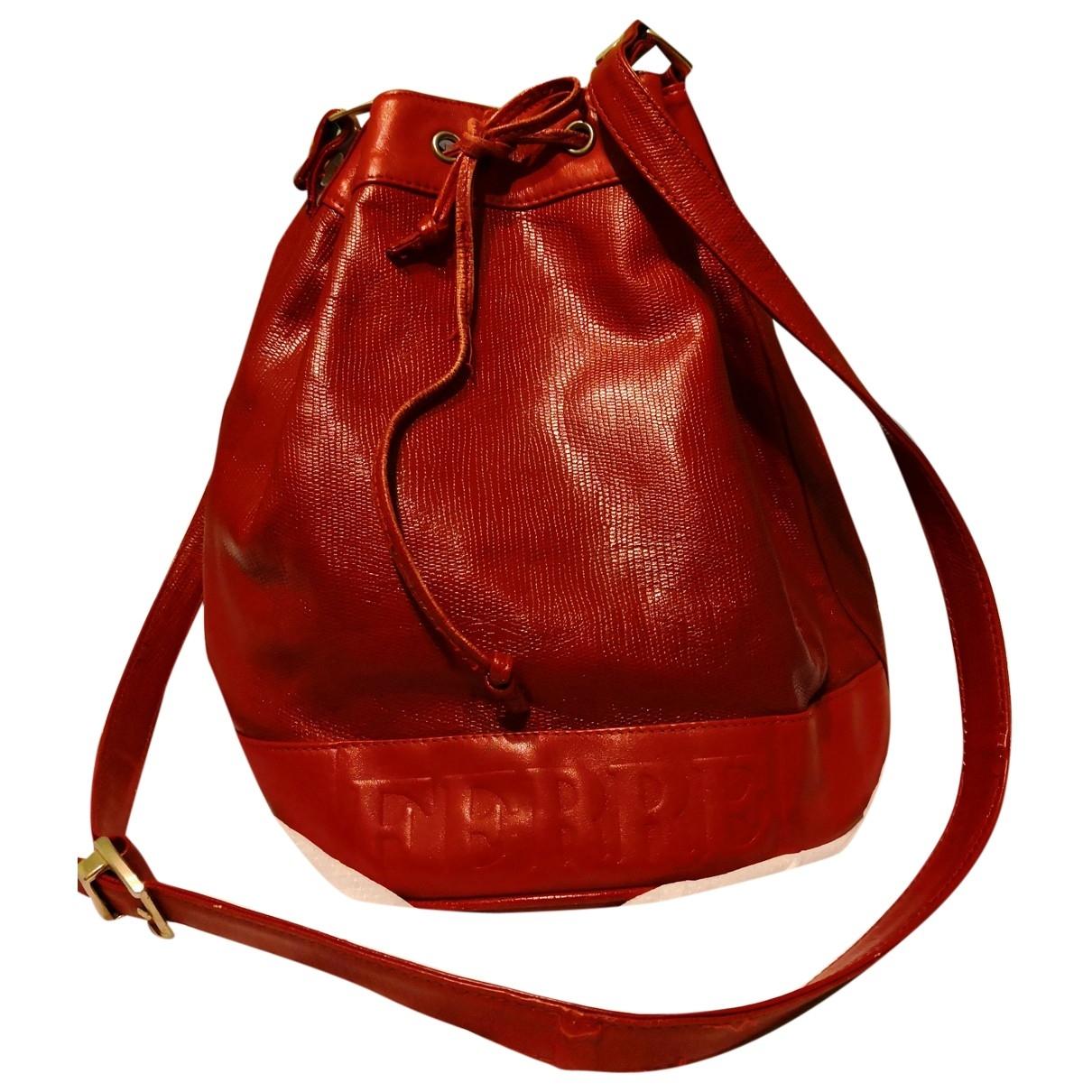 Gianfranco Ferré \N Red Leather handbag for Women \N