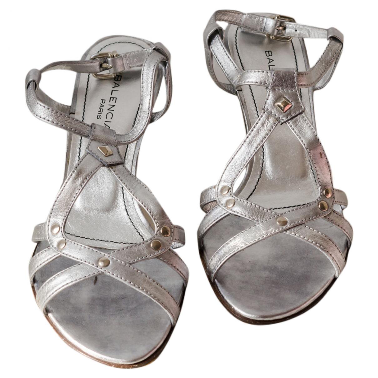 Balenciaga - Sandales   pour femme en cuir - argente