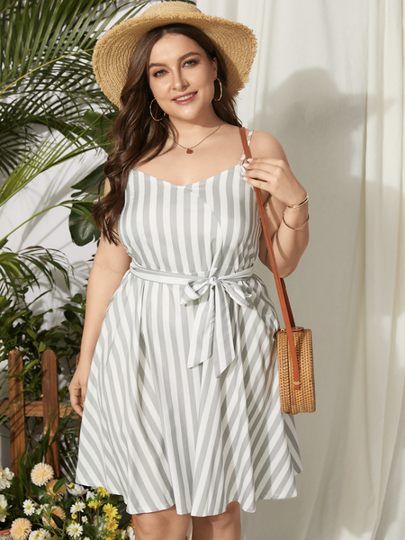 Yoins Plus Size V-neck Striped Belt Design Tie-up Design Sleeveless Dress