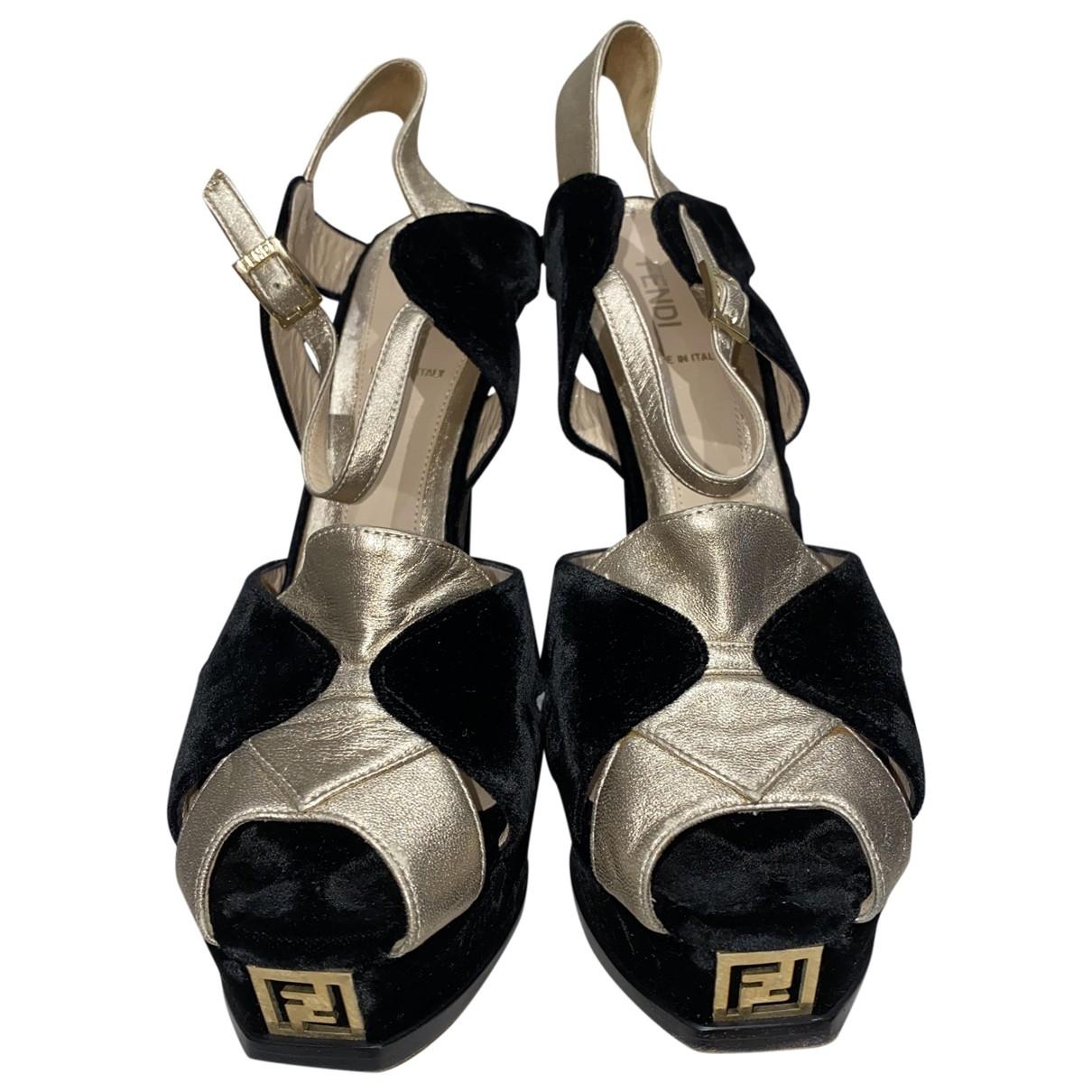 Fendi - Sandales   pour femme en velours - noir