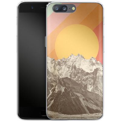 OnePlus 5 Silikon Handyhuelle - Mountainscape von Florent Bodart