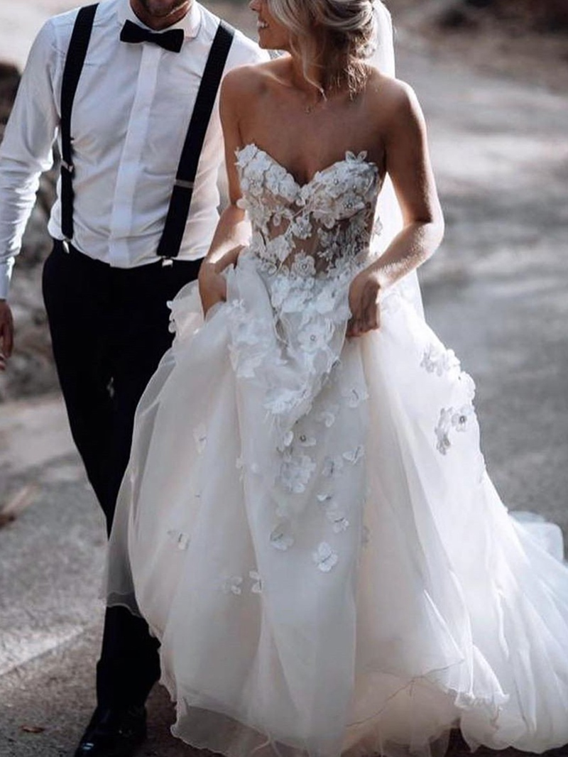 Ericdress Sweetheart A-Line Court Sleeveless Garden/Outdoor Wedding Dress 2020