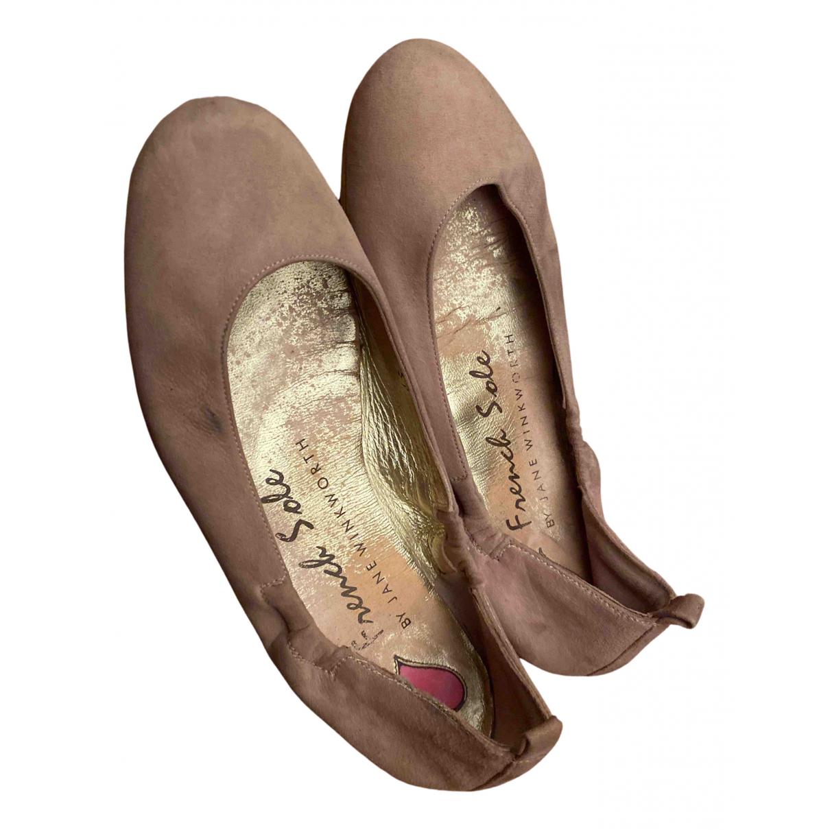 French Sole \N Ballerinas in  Rosa Veloursleder