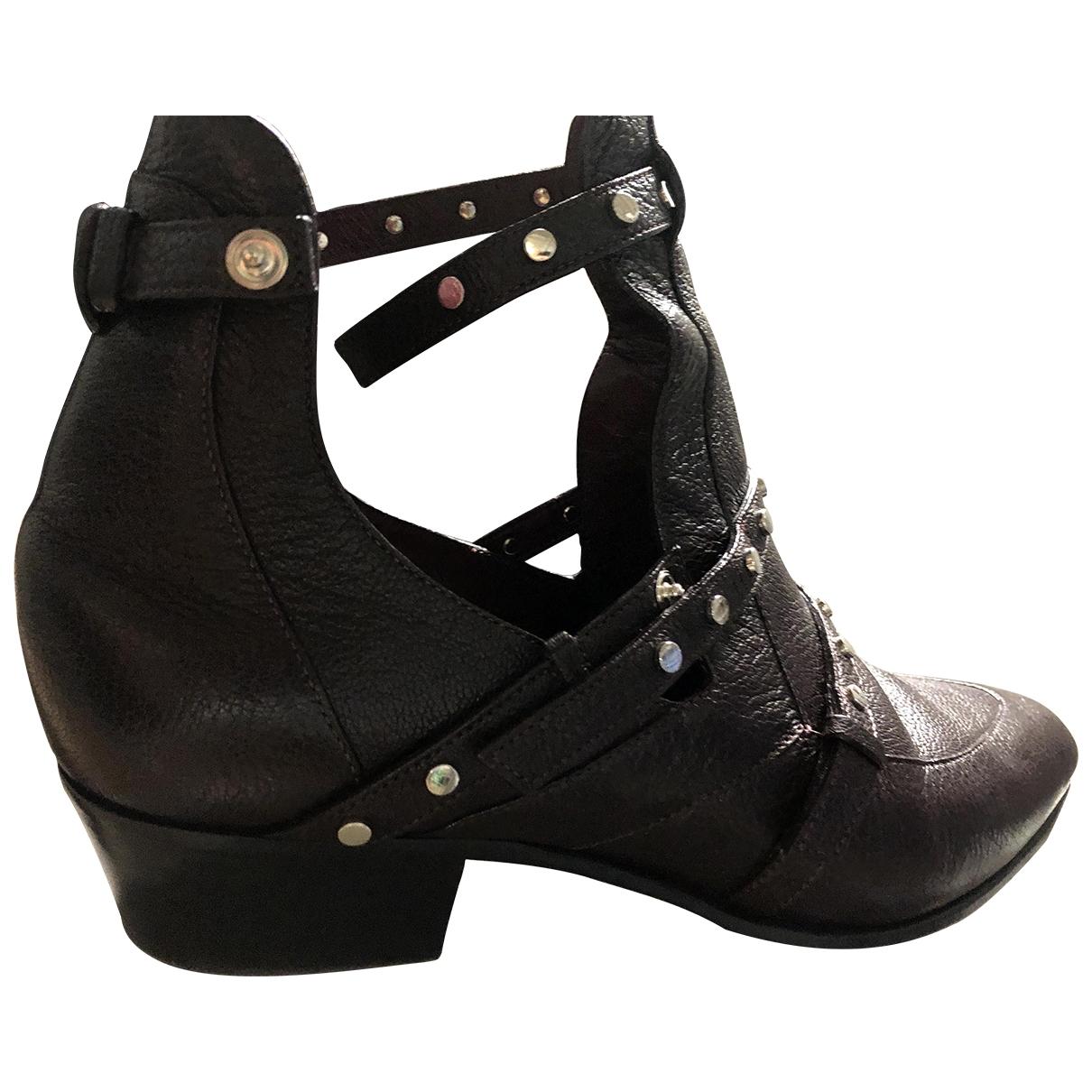 Jimmy Choo - Boots   pour femme en cuir - bordeaux