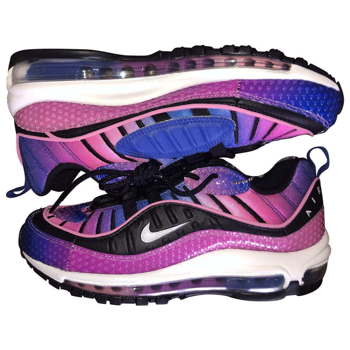 Nike Air Max 98 Sneakers in  Rosa Leder